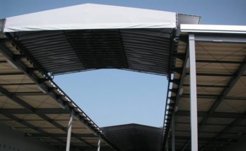 スライド式屋根